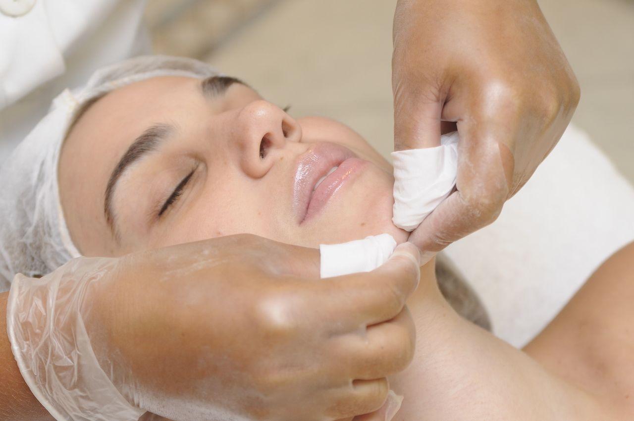 limpeza de pele com especialista